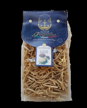 Scialatielli Funghi, pasta di Gragnano di semola di grano duro.